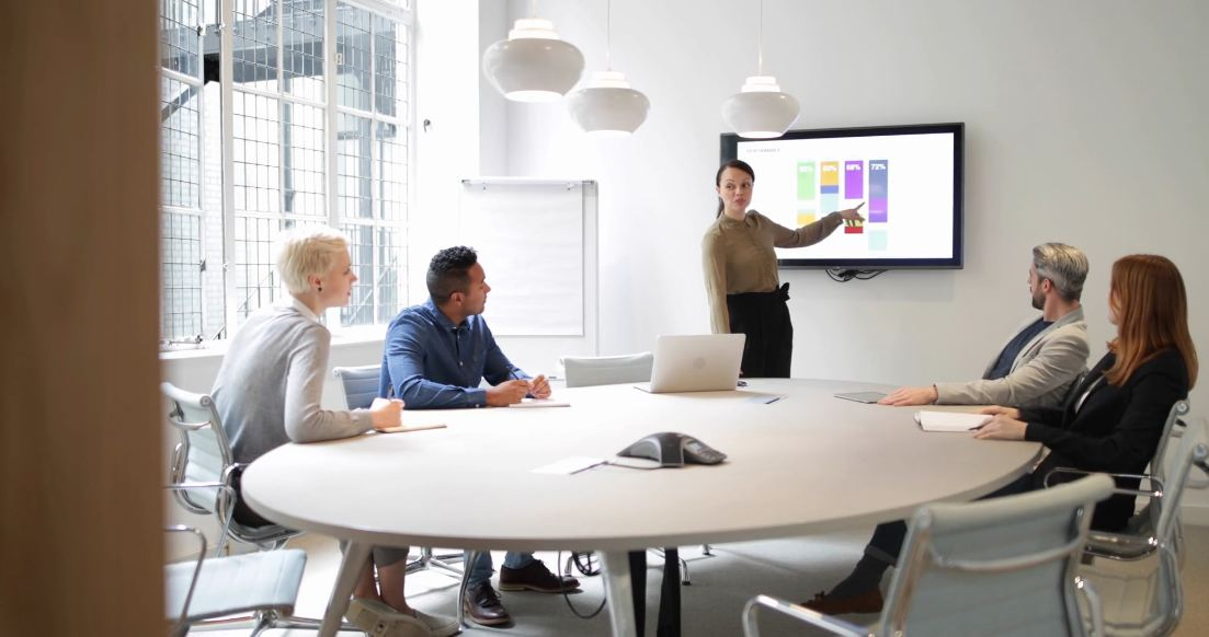 Tips Memilih Lembaga Terbaik untuk Perusahaan